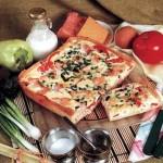 Пицца с копченой свининой и болгарским перцем