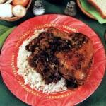 Цыпленок в белом вине с грибами и рисом