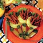 Филе курицы с сельдереем и ананасами